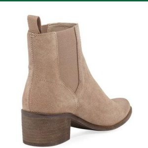 Dolce Vita Carlie Suede gore Chelsea boots